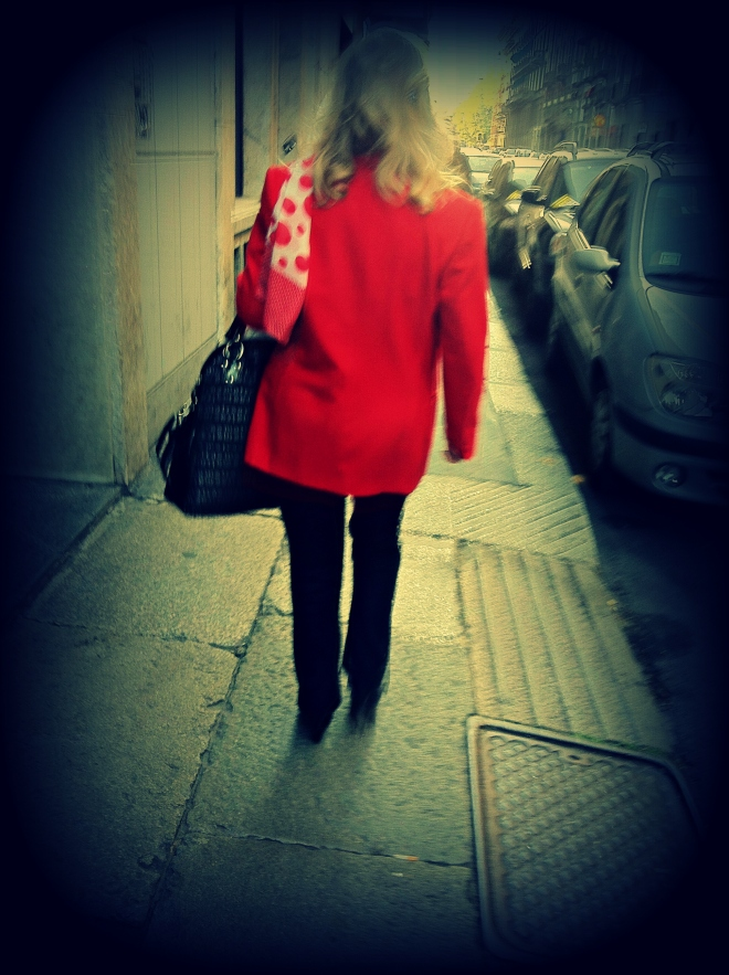 italy street style, italia street style, milan street style, milano street style, giacca rossa, foulard pois