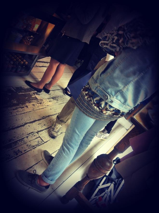 milan street style, milano street style, jeans skinny, gilet jeans