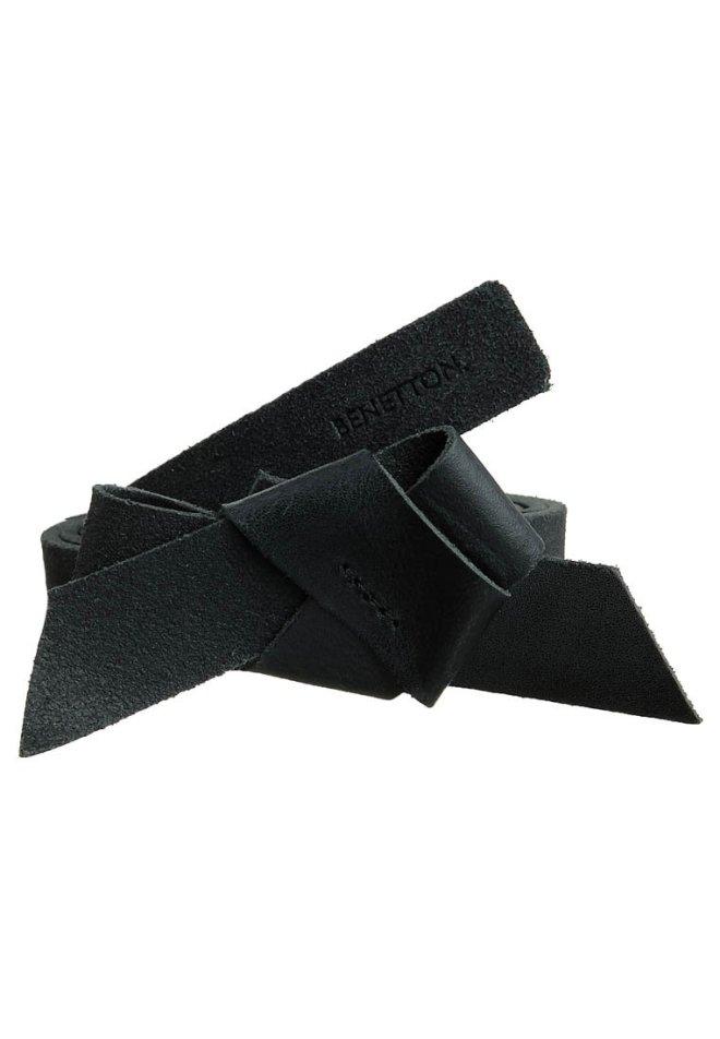 cintura a fiocco, cintura con fiocco, cintura nera, cintura di pelle nera, cintura benetton, zalando