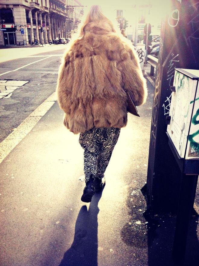 pelliccia, pantaloni zebrati, street style, milano street style, milan street style, italy street style, italia street style, italian street style