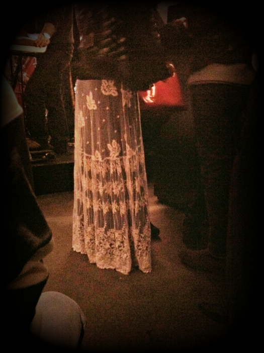 gonna ricamata, gonna bianca , gonna trasparente ricamata, gonna bianca di grza ricamata, gonna di tulle ricamata, street style, italy street style, italia street style, italian street style, milano street style, milan street style, fashion blogger