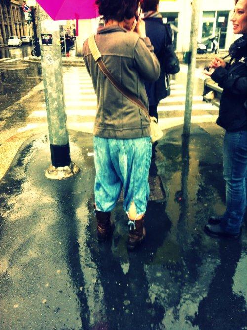 jeans capri, jeans capri con lacci, jeans capri con laccetti, milan street style, milano street style