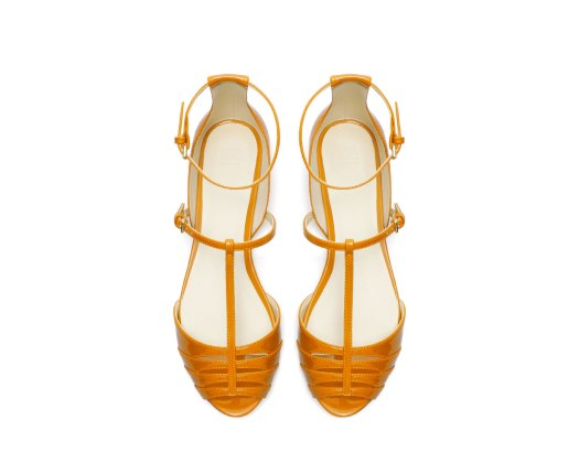 zara, sandalo intrecciato, scarpa punta tango, scarpa bassa da tango, sandalo in vernice, scarpa in vernice