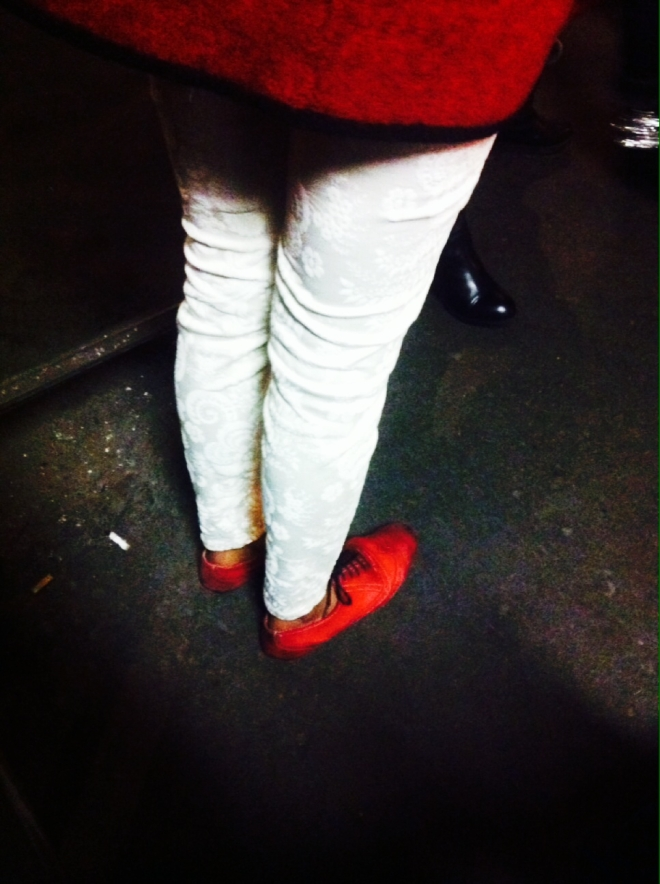 scarpe-giacca-rosse